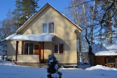 Круглогодичный дом зимой
